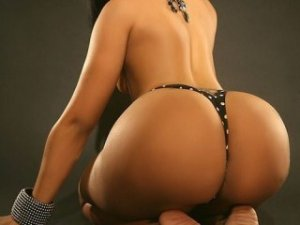 Claudya nuru massage in Laramie, escorts