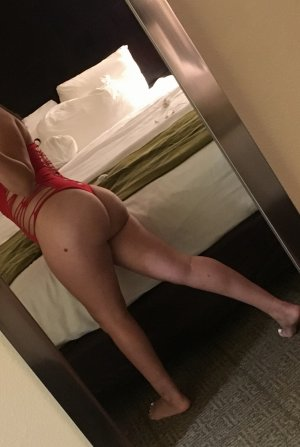 Nessy escorts in Covington WA
