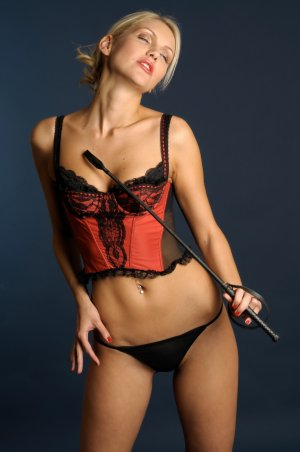 Cristiane happy ending massage and live escort