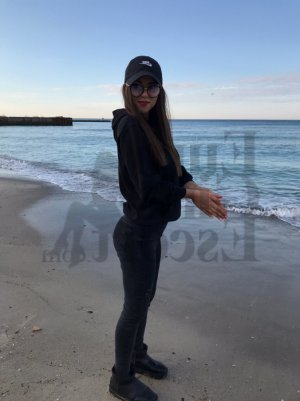 Marie-fanny nuru massage in Alexandria