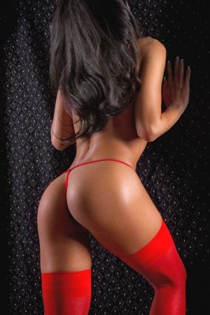 Rokiya escorts in Belleville and nuru massage