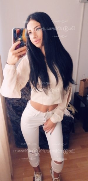 Mei-ling escort girl in Round Rock, thai massage